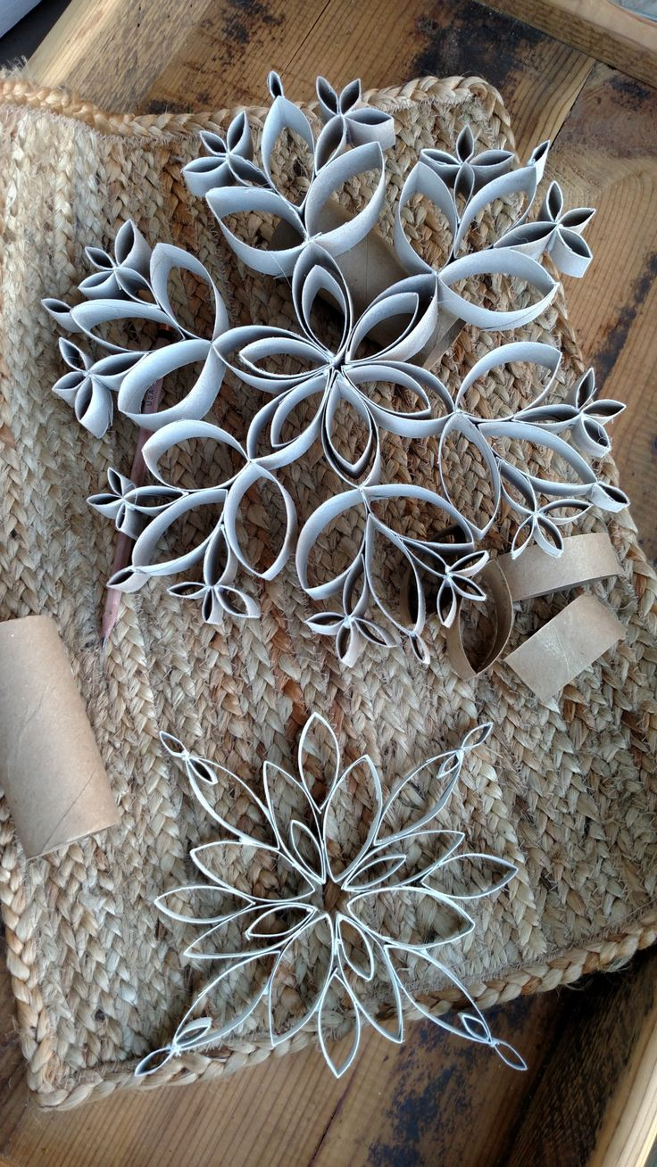 Diy Snowflakes 27 - Coolest DIY Snowflakes You Can Make Easily