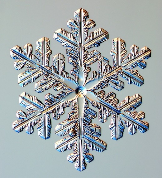 Diy Snowflakes 34 - Coolest DIY Snowflakes You Can Make Easily