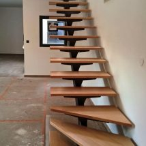 Diy Stairs Projects 42 214x214 - 40+ DIY Stair Projects For The Perfect Home Makeover