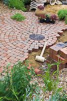 Diy Stepping Stones 17 - DIY Stepping Stones To Make Your House Stunning
