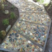 Diy Stepping Stones 27 214x214 - DIY Stepping Stones to make your House Stunning
