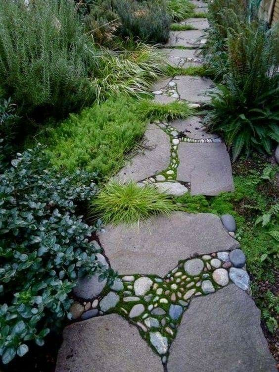 Diy Stepping Stones 29 - DIY Stepping Stones To Make Your House Stunning