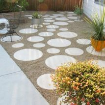 Diy Stepping Stones 45 214x214 - DIY Stepping Stones to make your House Stunning