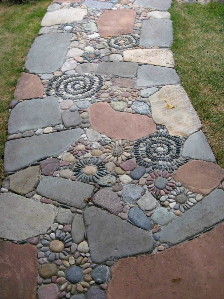 Diy Stepping Stones 8 - DIY Stepping Stones To Make Your House Stunning