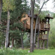 Diy Tree Houses 8 214x214 - 45+ DIY Tree House Ideas For Your Inspiration