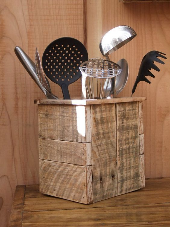 Diy Utensil Holder Projects 6 - Miraculous DIY Utensil Holder Projects Ideas