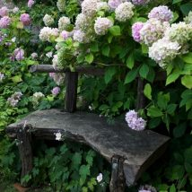 Wonderful Farmhouse Garden Benches Ideas