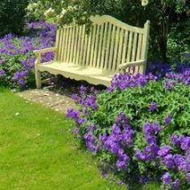 Wonderful Farmhouse Garden Benches Ideas