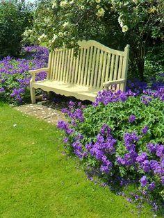 Farmhouse Garden Benches 2 - Wonderful Farmhouse Garden Benches Ideas