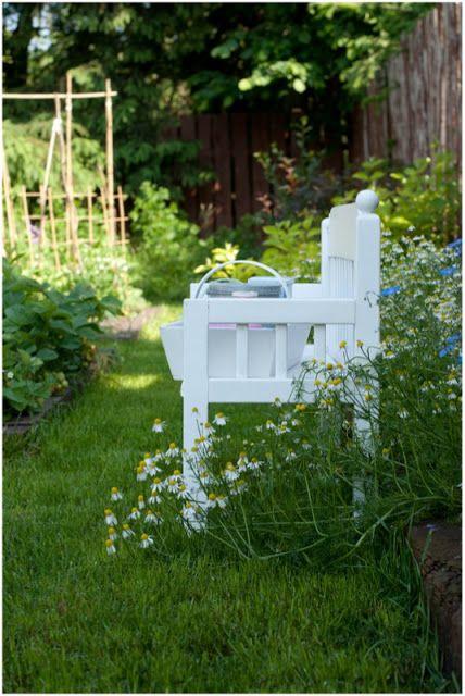 Farmhouse Garden Benches 21 - Wonderful Farmhouse Garden Benches Ideas