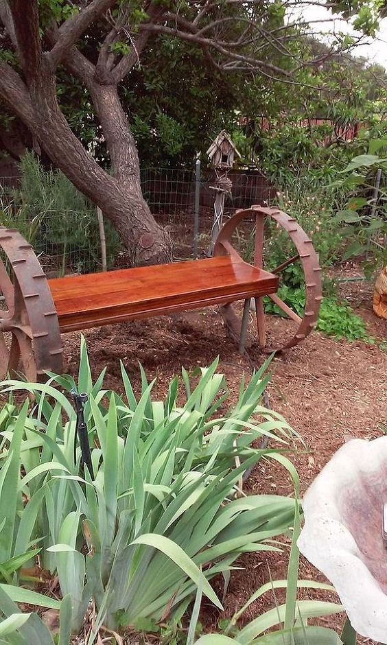 Farmhouse Garden Benches 24 - Wonderful Farmhouse Garden Benches Ideas