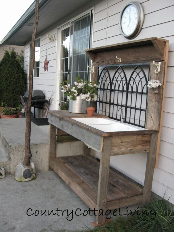 Farmhouse Garden Benches 4 - Wonderful Farmhouse Garden Benches Ideas