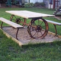 Farmhouse Garden Benches 41 214x214 - Wonderful Farmhouse Garden Benches Ideas