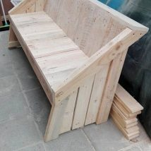 Outdoor Bench Projects 43 214x214 - 40+ Extraordinary Outdoor Bench Projects