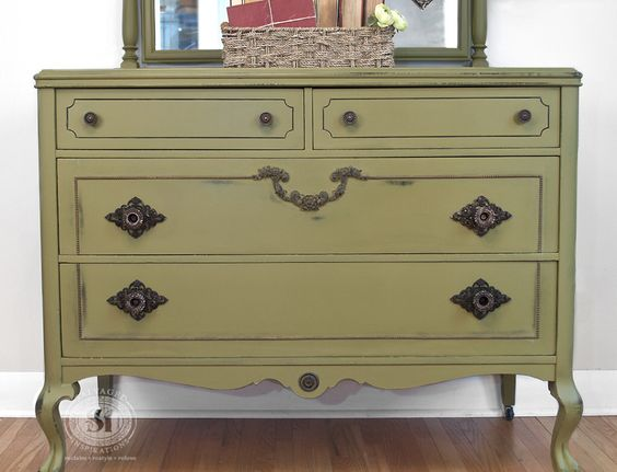 Painted Old Furniture 19 - Phenomenal Painted Old Furniture Ideas