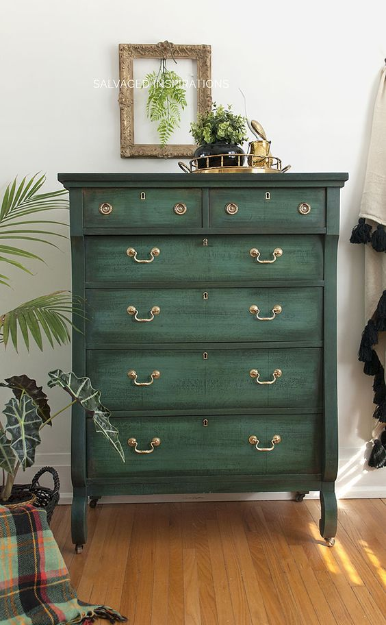 Painted Old Furniture 31 - Phenomenal Painted Old Furniture Ideas