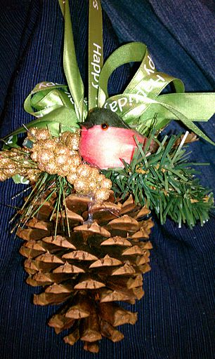 Pine Cone Projects 15 - 44+ Simple DIY Pine Cone Projects Ideas