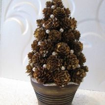 Pine Cone Projects 17 214x214 - 44+ Simple DIY Pine Cone Projects Ideas