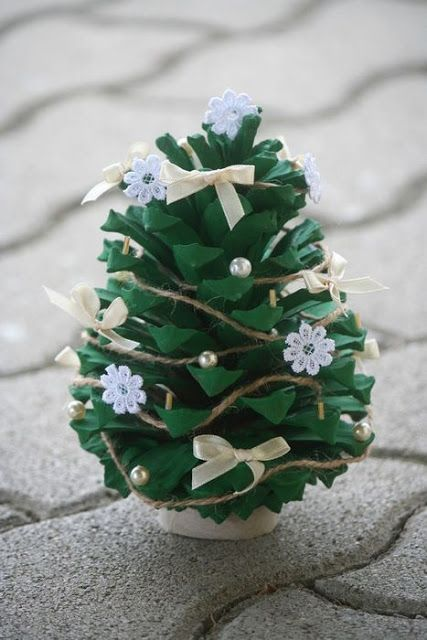 Pine Cone Projects 35 - 44+ Simple DIY Pine Cone Projects Ideas