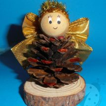 Pine Cone Projects 37 214x214 - 44+ Simple DIY Pine Cone Projects Ideas