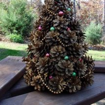 Pine Cone Projects 38 214x214 - 44+ Simple DIY Pine Cone Projects Ideas