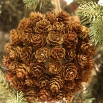 Pine Cone Projects 47 214x214 - 44+ Simple DIY Pine Cone Projects Ideas